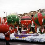 Inflatable Christmas decoration<br/>Christmas parade